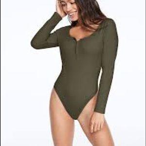 PINK Long Sleeve Bodysuit NWOT Camo Green